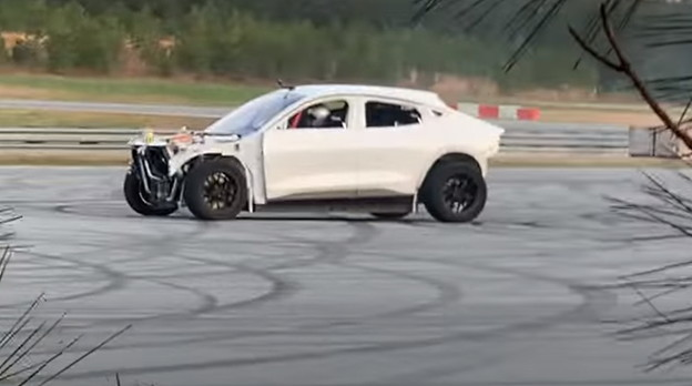 VIDEO: Mustang Mach-E modificiran za driftanje