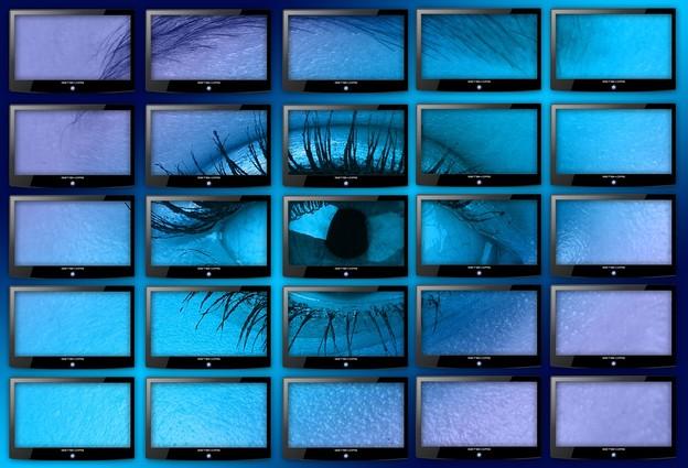 Facebookov AI će gledati sve vaše filmove